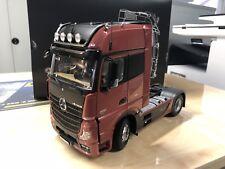 Mercedes Benz, Actros, 1:18 Modellauto, GigaSpace, Sattelzugmaschine, Rot Metall