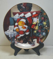 """""""Not A Fat Cat Was Stirring"""" Garfield's Christmas Plate with Stand"""