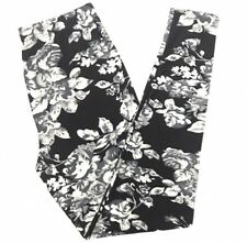 Buttery SOFT Gorgeous Floral Leggings Tall & Curvy XL Black Gray White Flower TC