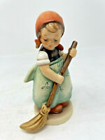 "Hummel Goebel Figurine # 171 Little Sweeper TMK-6 1989 Signed H4.5"""