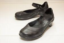 Aravon Maya US 7.5 D Black Mary Jane Women's