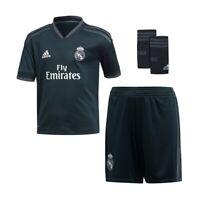 Real Madrid Trikot Hose Stutzen Größe 140 Beflockung Kroos Hazard Sergio Ramos