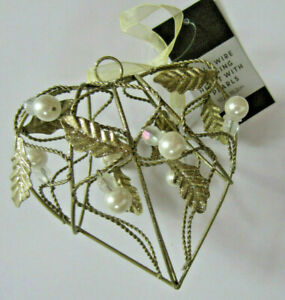 NEW Gold Wire Hangng Heart with Pearls & Leaves