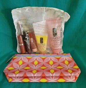 Clinique Lot of 6 Clinique Skincare Products with Makeup Bag NIP