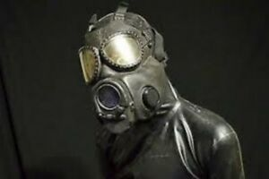 MILITARY BRAND NEW SEALED RELIABLE ADJUSTABLE POLISH  MP4 GAS MASK WITH FILTER