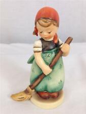 New ListingHummel Goebel Little Sweeper Figure #171 Tmk-5