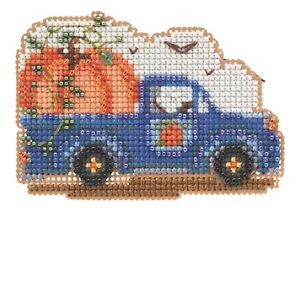 Pumpkin Delivery Beaded Cross Stitch Kit Mill Hill 2021 Autumn Harvest MH182124