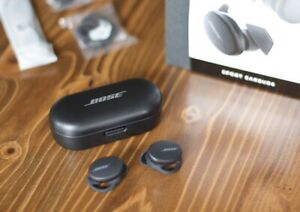IMMACULATE! Bose Sport Earbuds - Black