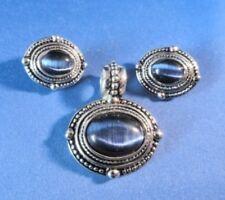 Vintage Pendant Earring Set - Cats Eye Royal Blue Gemstones - Silver Color