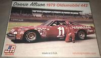 Donnie Allison Hawaiian Tropic 1979 Oldsmobile 442 #1 1:25 model racecar kit new