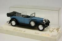 Solido 1/43 - Fiat 525 N Bleue