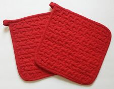 Great Finds SCARLET Quilted Cotton Pot Holders Set of 2 Solid Red