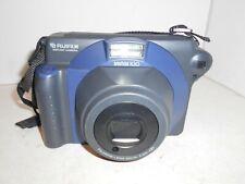 Fujifilm Instax 100 INSTANT CAMERA non testato E21