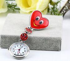 Montre Pendentif Infirmiere Coeur Smiley rouge Pince Neuf avec Pile nurse watche