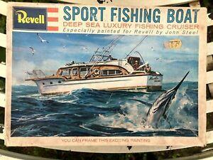 REVELL SPORT FISHING BOAT