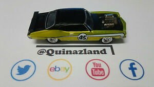 Johnny Lightning 1971 Pontiac GTO Judge version verte  (CL01)