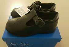 Girls School Shoes Gro-Shu Art Leather T Bar Black Size 10 rrp $49.95