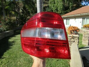 06-11 Mercedes-Benz W164 LEFT Tail Light Assembly ML350 ML500 ML450 ML320 OEM PB