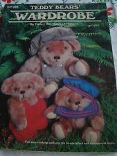 El armario de oso de peluche por Nancy Southerland-Holmes patrones de costura