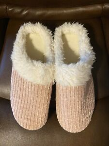 NEW Isotoner Pink Slippers, 8.5/9