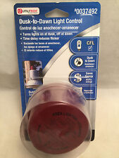 New UtiliTech Dusk to Dawn Cfl Light 1000W Tungston Light Control Sensor 0037492