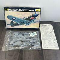 Vintage Heller Curtiss P-40E Kittyhawk 1/72 scale model kit No.266 1980