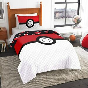Pokemon Embroidered Twin/Full REVERSIBLE Quilt - Includes Sham