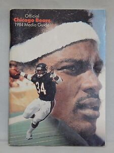 1984 Official Chicago Bears Media Guide Walter Payton on Front Cover EX