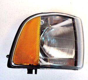 NIB Dodge Ram Corner Light Passenger Side Right RH Turn Signal Lamp Marker