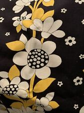 "Vintage 1960s Retro Flower Power Print Mod Fabric Mid Century Cloth 1970 43X108"""