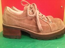 Women's Shoes Suede Taupe Brown Lace Up Size 7.5 Medium BC Footwear Closed Toe