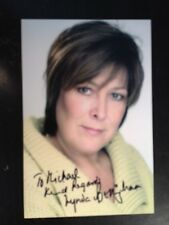 LYNDA BELLINGHAM - LATE GREAT ACTRESS - DR WHO  - EXCELLENT SIGNED PHOTOGRAPH