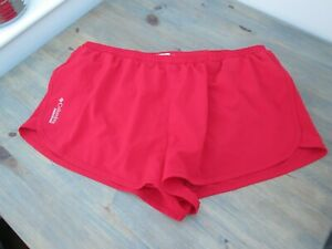 "Red 2"" elite sprinter-cut running shorts by Columbia Sportswear Co, size XL"
