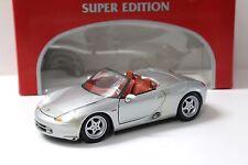 1:18 Maisto Porsche Boxster silver NEW bei PREMIUM-MODELCARS