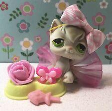 Authentic Littlest Pet Shop # 20 Smokey Gray Angora Long Hair Cat Green Eyes