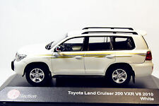 J-collection 1/43 Toyota Land Cruiser 200 VXR V8 White 2010