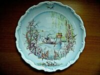 "THE WIND IN THE WILLOWS RATTY AND MOLE GO BOATING ROYAL DOULTON 8"" WALL PLATE"