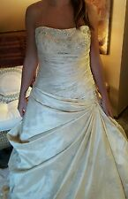 Enzoani light gold embroidered beaded strapless wedding dress size 14