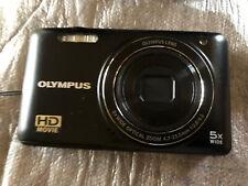 Olympus VG-160 / D-745 14.0MP Digital Camera - Black (VG160K)