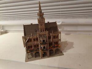 Vollmer 47761 Rathaus München / Spur N / fertig gebaut