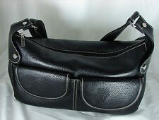 MAXX PURSE - Be sure to check out the interior features!
