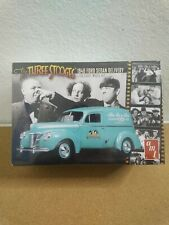 Amt 1/25 The Three Stooges 1940 Ford Sedan Delivery