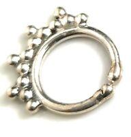 Pequeño anillo de plata esterlina 8.2mm tribal tabique perforado nariz étnico boho J10