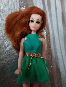 Topper Dawn Doll Side part Glori w/ Green Fling mini dress. Beautiful! :)