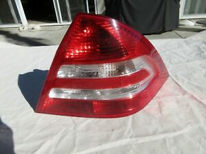 05-07 Mercedes-Benz RIGHT passenger side Tail Light Assembly C280 C320 W203 MBE