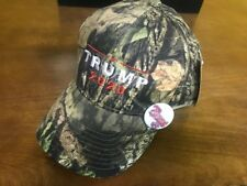 TRUMP 2020 MOSSY OAK CAMO EMBROIDERED  BASEBALL CAP WITH FRE TRUMP 45 PIN