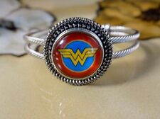 WONDER WOMAN SNAP BUTTON ON ROPE SILVER BANGLE BRACELET GIFT JEWELRY