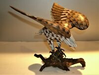 """Vtg Hand Carved & Painted Wood Eagle Sculpture 8 3/4"""" T x 8 1/2"""" Wing Span x 8""""W"""