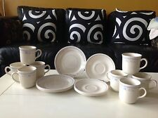 VINTAGE Corelle NIDDLE POINT Dinnerware 18 Pieces