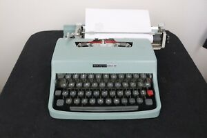 Olivetti Lettera 32 Typewriter and Case in Superb Cosmetic and Working Condition
